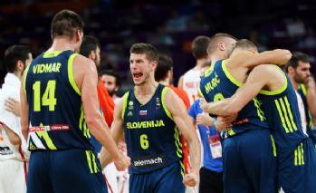 İspanya bozguna uğradı: Slovenya finalde!