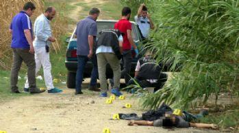2 kardeşi öldüren zanlı savlandığı evde yakalandı
