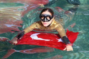 Milli dalgıç Şahika Ercümen'den antik havuz dalışı