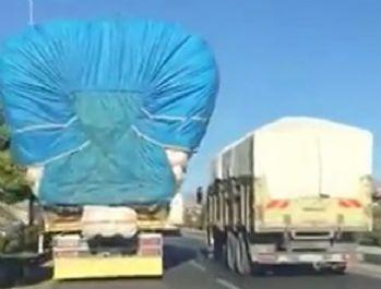 Saman yüklü kamyon pes dedirtti