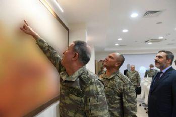 Org. Akar ve kuvvet komutanları sınırda