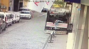 1 dakikada 3 bin liralık hırsızlık kamerada