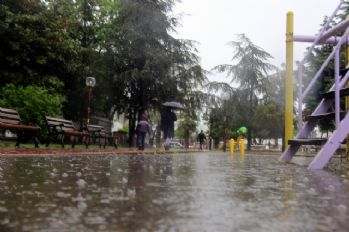 3 şehre kuvvetli yağış uyarısı