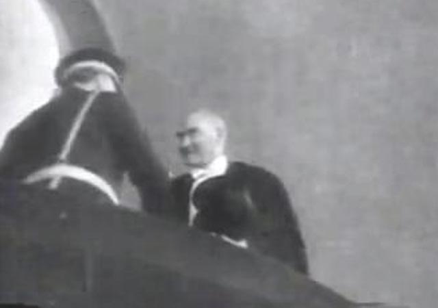 Atatürk'ün 29 Ekim kutlamalarındaki görüntüleri