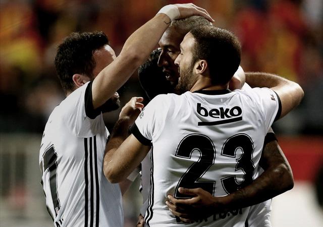 Beşiktaş İzmir'de üçlü çekti! 3-1