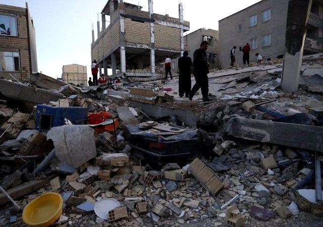 7,3'lük depremin yaptığı yıkım gün ağarınca ortaya çıktı!