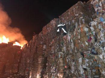 15 bin ton kağıt kül oldu