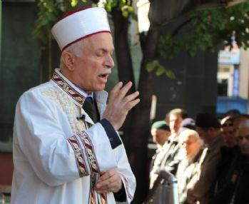 'Kimse işlediği cinayeti Allah'ın dinine mal edemez'