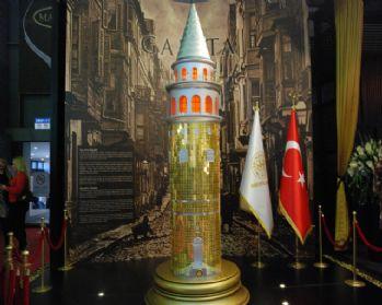 Galata Kulesi'nin 157 kiloluk altın maketi yapıldı