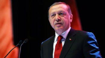 Cumhurbaşkanı Erdoğan, eşi Emine Erdoğan'ı takip etti