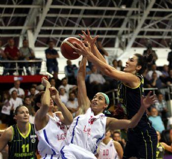 Fenerbahçe, Mersin'de rahat kazandı