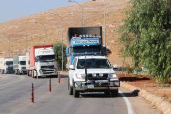 BM'den Suriye'ye 11 yardım tırı
