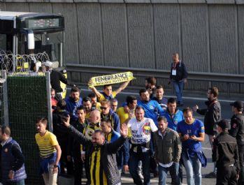 Fenerbahçe taraftarı Aslantepe'de