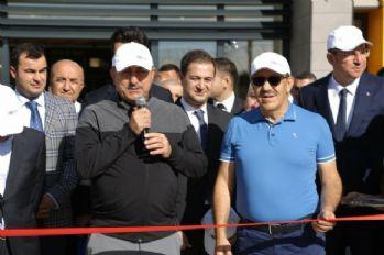 Güneydoğu'daki ilk golf sahasını Dışişleri Bakanı Çavuşoğlu açtı