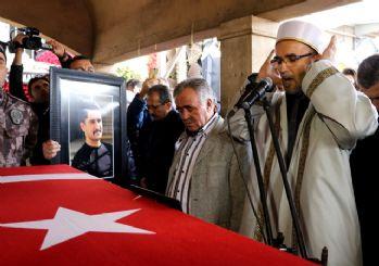 Ömer Halisdemir'in kardeşi şehit babasını duygulandırdı