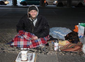 Almanya'da 860 bin kişi sokaklarda yaşıyor