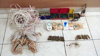 Tunceli'de lav silahı ve patlayıcılar ele geçirildi