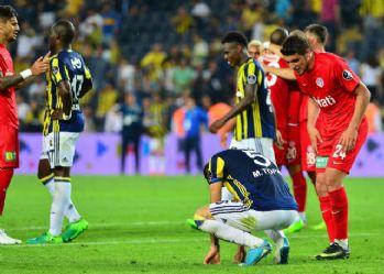 Fenerbahçe zorlu virajda