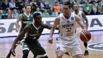 Beşiktaş Sompo Japan liderliğini sürdürdü