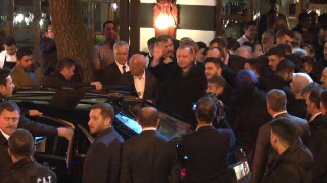 Erdoğan, ziyaret sözü verdiği restoranda yemek yedi