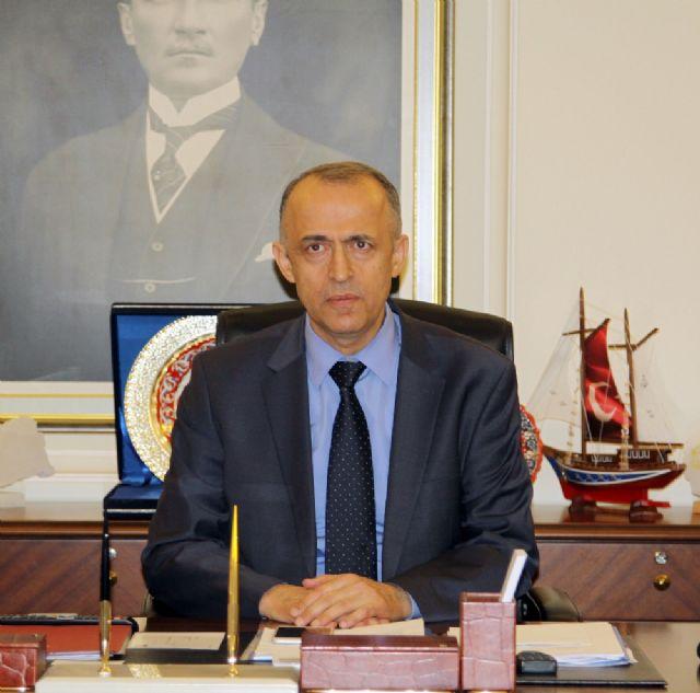 Vali Aktaş'ın eşi Seval Aktaş istifa etti