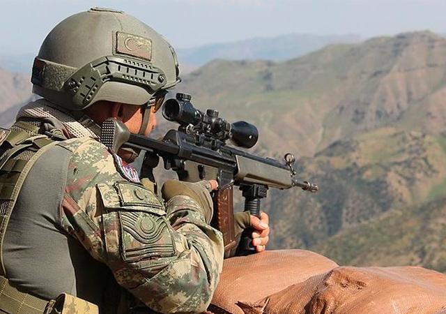 Afrin'in kuzeyindeki Ali Kar köyü PYD/PKK'dan arındırıldı