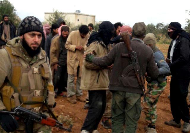 Terör örgütü pes etti! Tam 340 terörist teslim oldu!