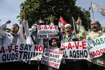 Endonezya'dan Trump'ın Kudüs kararına protesto