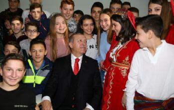 Cumhurbaşkanı Erdoğan'dan Celal Bayar Lisesi'ne ziyaret