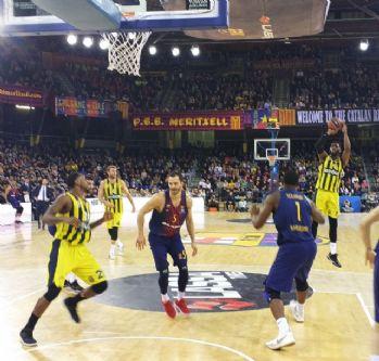 Fenerbahçe Doğuş Barca'yı deplasmanda devirdi