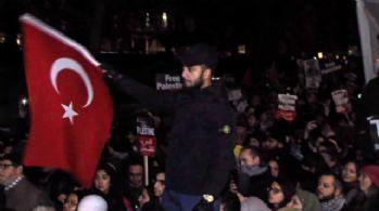 Londra'da Türk bayraklı 'Kudüs' protestosu