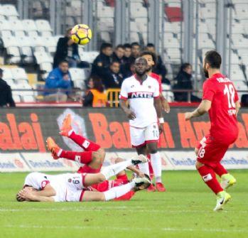 Antalyaspor ve Gençlerbirliği 1'er puana razı oldu
