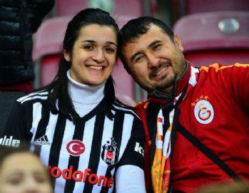Galatasaray-Akhisarspor maçında dikkat çeken görüntü