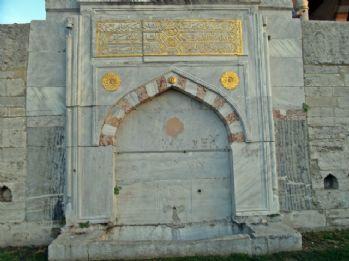 İstanbul'un tarihi çeşmeleri ihya edilmeyi bekliyor