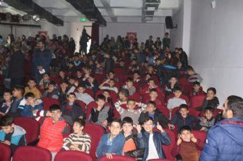 Kayyum 2 bin 542 öğrenciyi tiyatro ile tanıştırdı