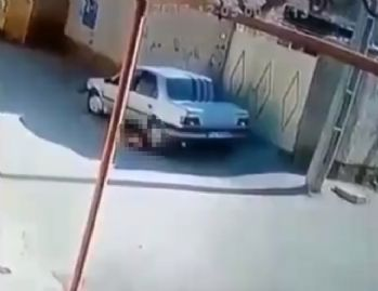 Aracıyla çocuğunu ezdi