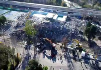 Bakırköy'deki ölümüne yıkım havadan görüntülendi