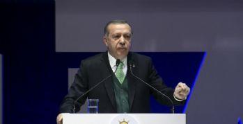 Mültecilere yönelik tepkileri eleştirdi