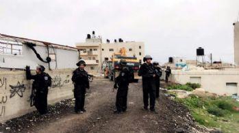 İsrail güçleri 200 kişiyi gözaltına aldı