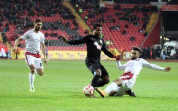 Eskişehirspor Gaziantepspor'a gol yağdırdı