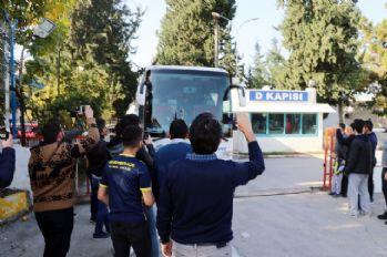 F.Bahçe'ye Adana'da sönük karşılama