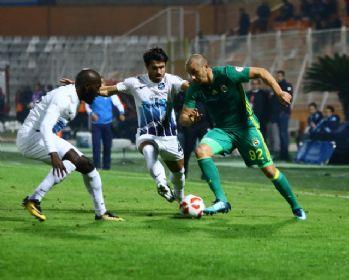 İlk yarı Fenerbahçe'nin üstünlüğüyle bitti