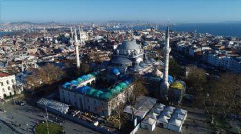 Restorasyonu süren Beyazıt Camii havadan görüntülendi