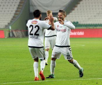 Atiker Konyaspor turladı
