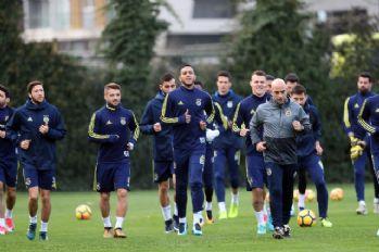 Fenerbahçe'de Karabükspor mesaisi başladı