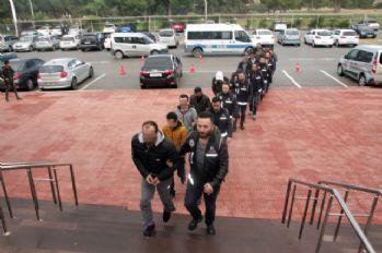 FETÖ/PDY üyelerini yurt dışına kaçıran çete çökertildi