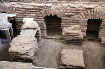 Tarihi hünkar hamamı gün yüzüne çıkarıldı