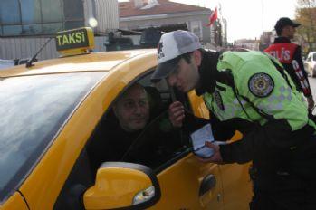 Emniyetten ticari taksilere denetim