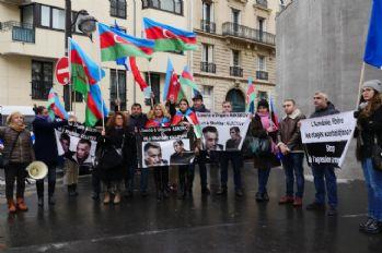 Paris'te Ermenistan protestosu