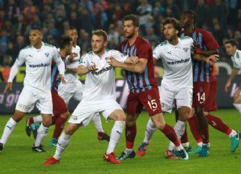 Trabzon'da İlk yarıda gol yok